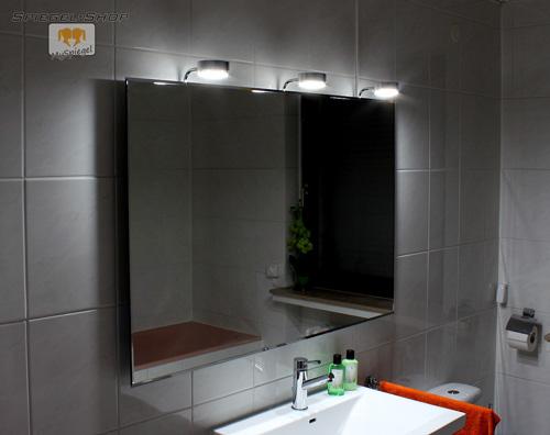 cotnar led leucht beleuchteter bad spiegel mit steilfacette 60x80cm und 2 lampen ebay. Black Bedroom Furniture Sets. Home Design Ideas