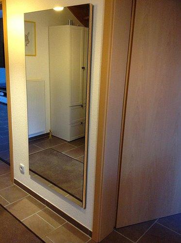 spiegelwand auf holz mit umleimer auswahl. Black Bedroom Furniture Sets. Home Design Ideas